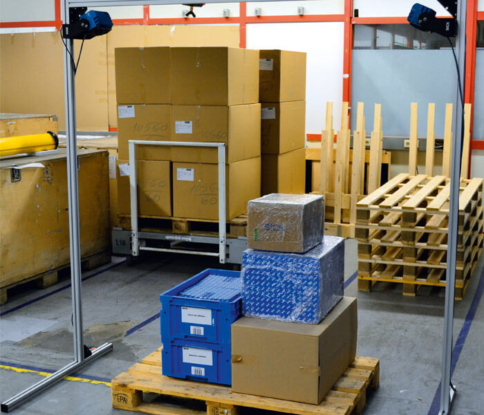 Top ways to use vision sensors for palletizing